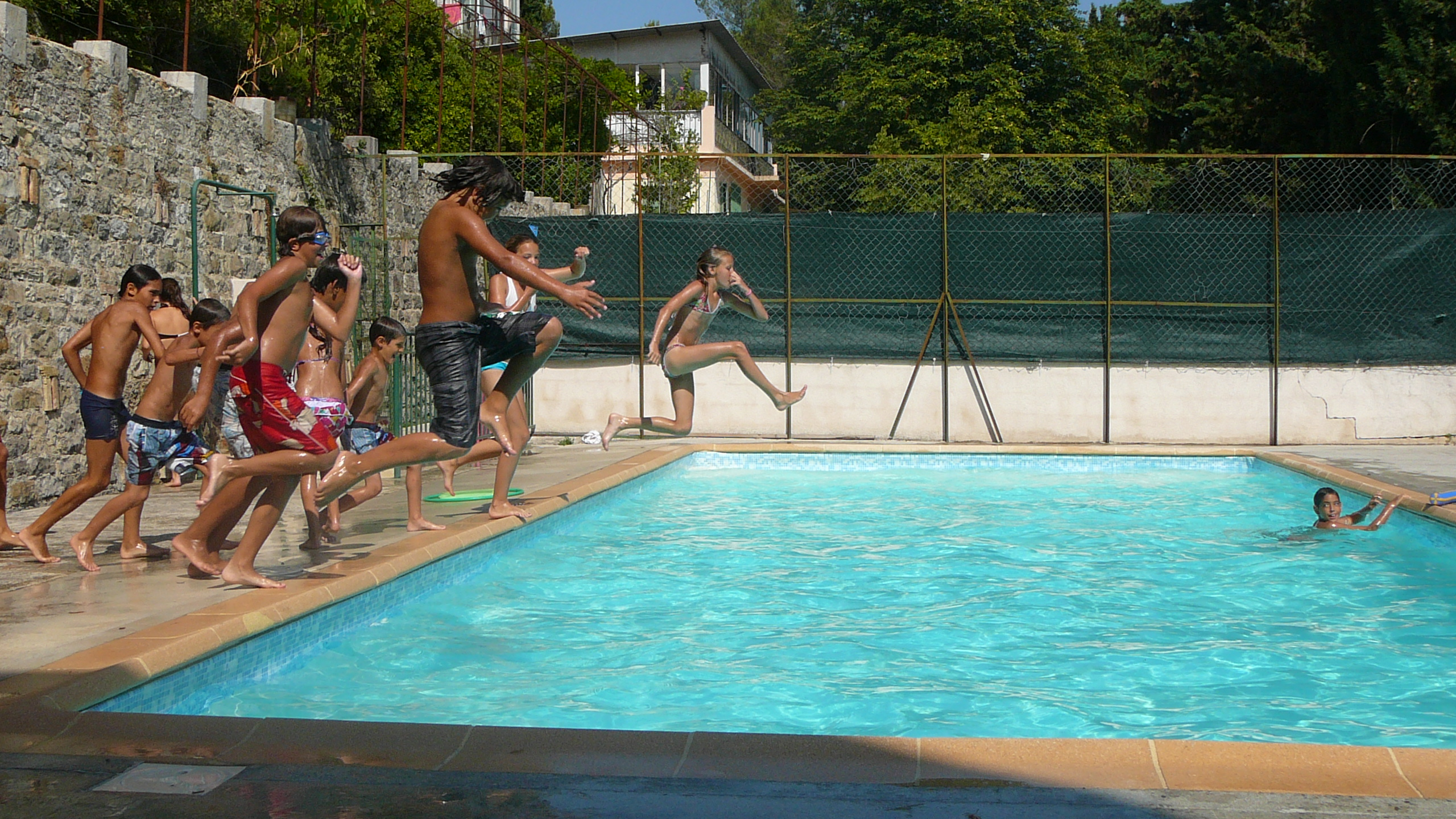 hebergement-sospel-piscine