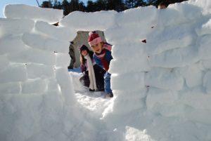 loisirs-enfants-jeunes-neige